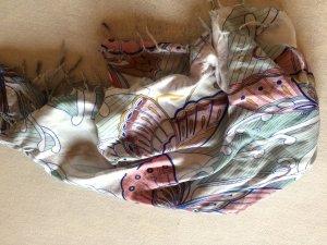 Hübsches Tuch mit Schmetterlingen
