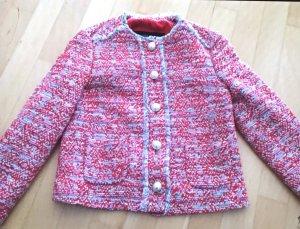 Hübsches Tweedjaeckchen in XS von Zara