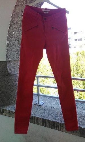 Esprit pantalón de cintura baja carmín tejido mezclado