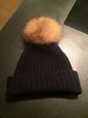 Hugenberg Knitted Hat blue cashmere