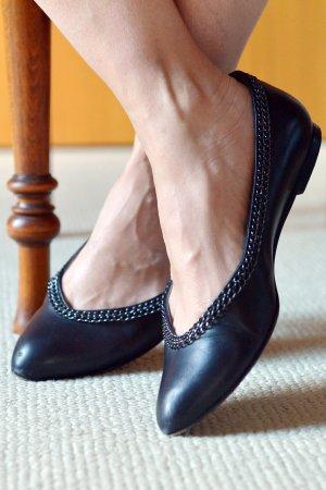HUGO BOSS 37 Ballerinas Slipper Leder blau mit Kette Rockchic Officetauglich
