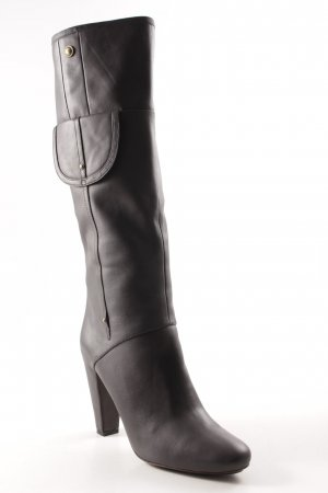 Hugo Boss Absatz Stiefel grau Street-Fashion-Look
