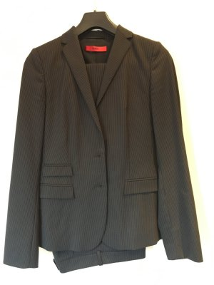 Hugo Boss Anzug schwarz Gr. 34