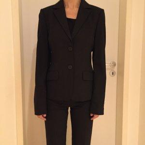 Hugo Boss Anzug Slim, 34, neuwertig, schwarz.