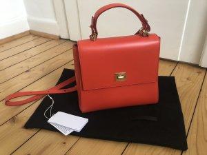 Hugo Boss Bespoke small Handtasche crossbody Leder rot orange goldene Hardware Trend