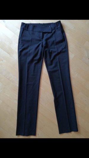 Hugo Boss Pleated Trousers black