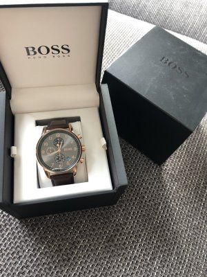 Hugo Boss Watch With Leather Strap brown