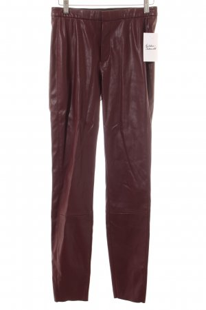 Hugo Boss High-Waist Hose karminrot Street-Fashion-Look