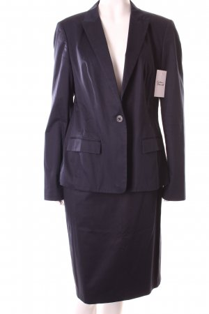 Hugo Boss Tailleur blu scuro stile professionale