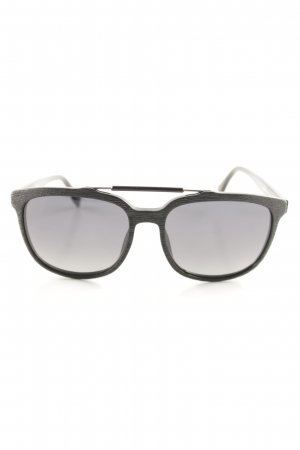 Hugo Boss Pilot Brille schwarz Street-Fashion-Look