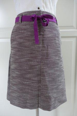 HUGO BOSS Rock, aus Tweedstoff in mittelbraun mit violettem Gürtel, EUR 42