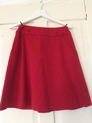 Hugo Boss Jupe en laine rouge laine vierge