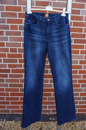 HUGO Hugo Boss Jeans a zampa d'elefante blu acciaio
