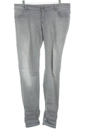 Hugo Boss Slim Jeans grau Street-Fashion-Look