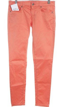 Hugo Boss Slim Jeans hellrot Street-Fashion-Look