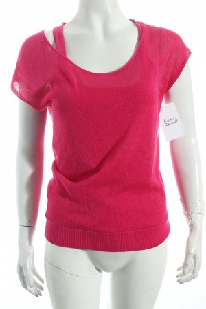 Hugo Boss Knitted Top magenta layered look