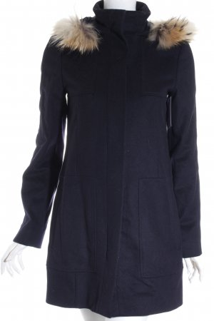 Hugo Boss Wollmantel dunkelblau minimalistischer Stil
