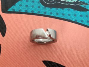 Humphrey Brilliant Ring 0,11 Karat 3,5 mm Edelstahl Brilliant NPR 799 Louis Valentine's Day