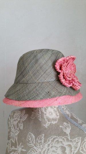 Cappello grigio-rosa