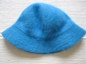 Cappello blu neon