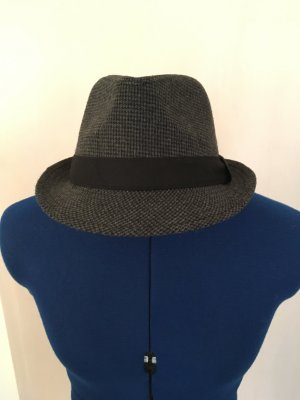 Chapeau en laine noir-gris foncé