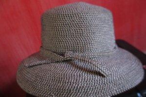Hat black-silver-colored acetate