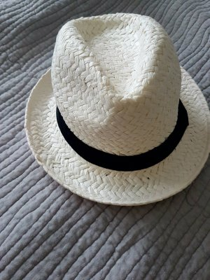 C&A Hat white-black