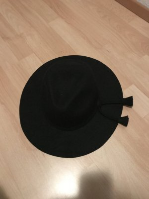 Chapeau à larges bords noir