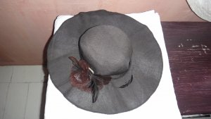 Floppy Hat black cotton