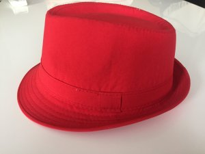 Sombrero de vaquero rojo
