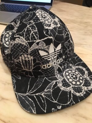 Adidas Hoed zwart-wolwit