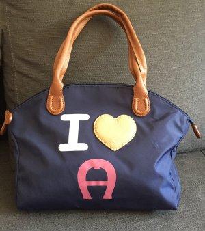 I love Aigner Piccolina Bag Designer Tasche dunkelblau Patch