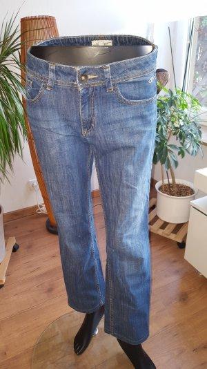 i wear my blue Jeans....