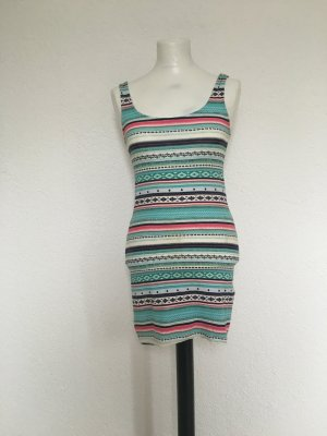 Ibiza Kleid mit retro Muster