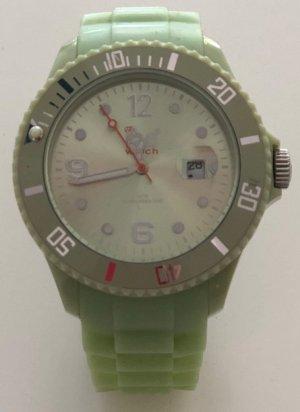 Ice watch in mint