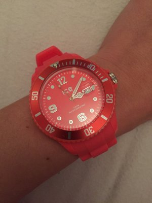 Ice-Watch in Neon-Koralle