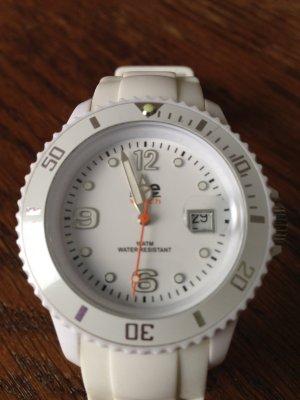 ICE-Watch in strahlendem Weiß :)