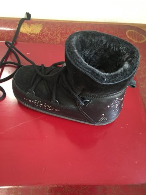 IKII Fellboots in schwarz