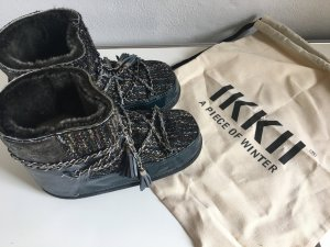 Ikkii Fur Boots black leather
