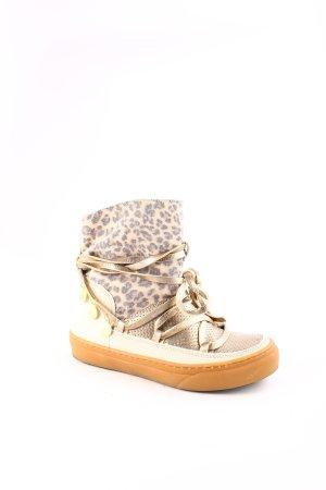 Ikkii Boots leopard pattern casual look