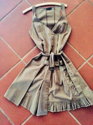 IKKS Kleid in Wickeloptik und ausgestelltem aufwendig gestalteten Faltenrock mit Rüschen