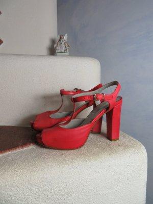 Sandalias de tacón con plataforma salmón-rojo claro