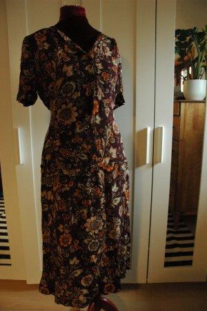 im Retro Stil Kleid Gr 44
