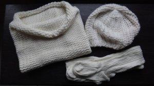 im Set Schal, Mütze und Socken