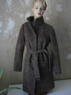 im Wintersale - greif zu: Wollmantel von Uniqlo, mehliert in Graubraun, Slim-Fit Style,