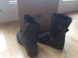 UGG Australia Winter Boots black leather