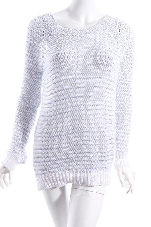 Impressionen Pullover weiß-hellblau Transparenz-Optik