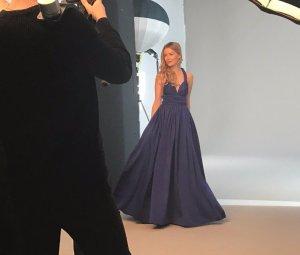 Infinity Wickelkleid blau für besondere Anlässe mit mehr als 25 Wickel-Styles