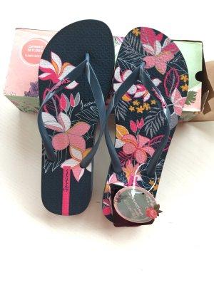 Ipanema Flip-Flop Sandals pink-dark blue
