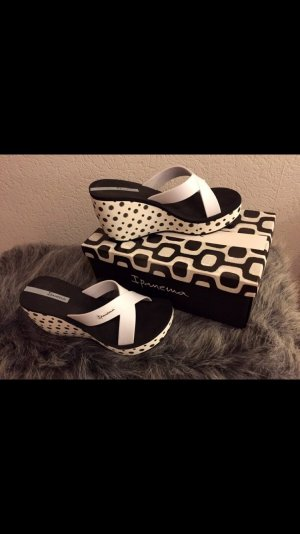 Ipanema Heel Pantolettes white-black